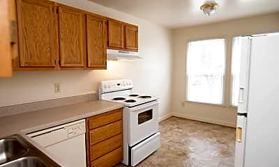 Kitchen, Grand Village at Williamsburg, 2