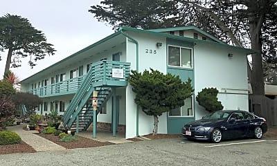 Building, 235 Carmel Ave, 1