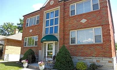Building, 6922 Jamieson Ave 2N, 1