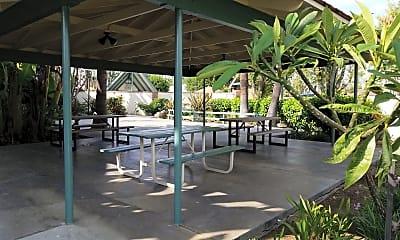 Hawaiian Village, 2