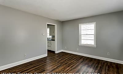 Living Room, 2121 S Spruce St, 1