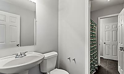 Bathroom, Room for Rent - Live in Grove Park, 1