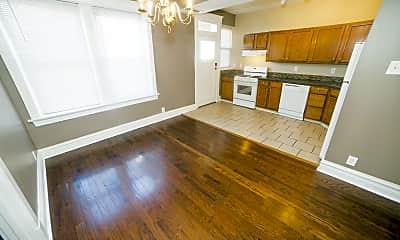Living Room, 3803 Shaw Blvd, 0