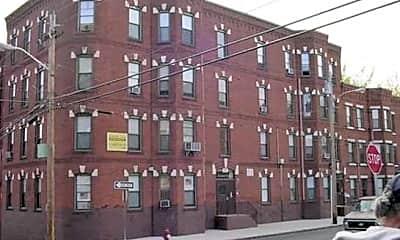 Building, Sargeant West II Apartments, 0