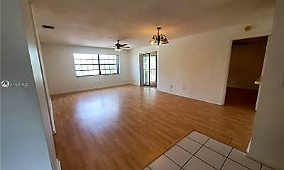 Living Room, 3570 NW 95th Terrace 6Q, 2