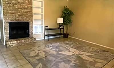 Living Room, 1226 Baylor Ave, 1