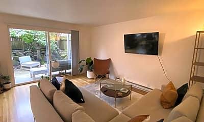 Living Room, 744 Belmont Pl E, 0