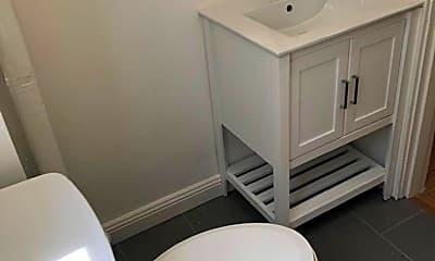Bathroom, 832 York St, 2