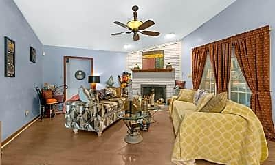 Living Room, 621 Channel Dr, 2