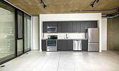 Kitchen, 4075 Park Blvd, 1