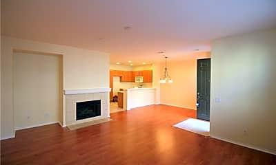 Living Room, 13252 Murano Ave, 1