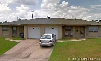 Building, 1524 S 67th E Ave, 0