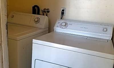 Bathroom, 416 Alameda St, 2