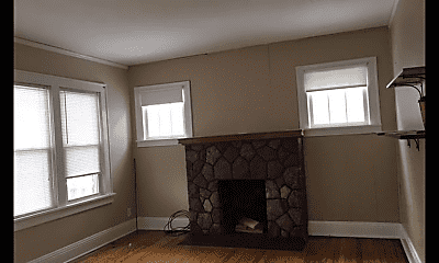 Living Room, 474 Wengler Ave, 1