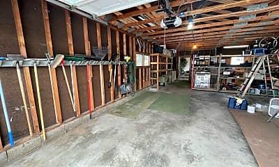 Kitchen, 203 N Cedar St, 2