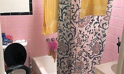 Bathroom, 25 W 126th St 2, 2