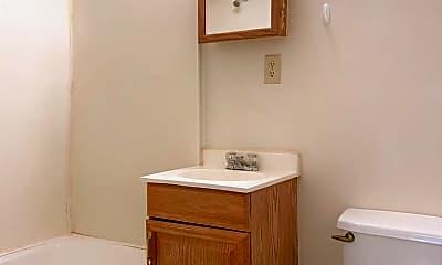 Bathroom, 2528 NW 12th St, 2