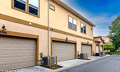 Building, 3752 Periwinkle Dr, 2