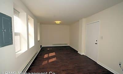 Bedroom, 4750 N Broad St, 1