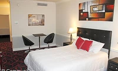 Bedroom, 3501 E Independence Blvd, 0