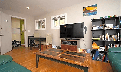 Living Room, 7 Waldo St, 1
