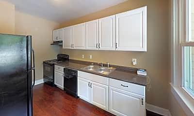 Kitchen, 100 Pyle Court Unit B, 1