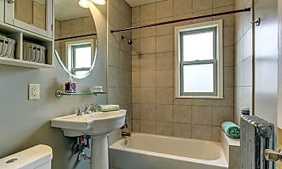 Bathroom, Lake Manor, 2