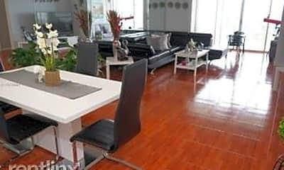 Kitchen, 3800 Hillcrest Dr, 1
