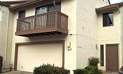 Building, 781 Williamsburg Way, 0