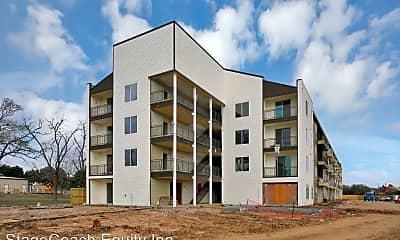 Building, 1100 Hwy 90 West, 2