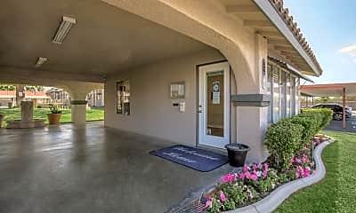 Leasing Office, Hidden Falls Apartments, 1