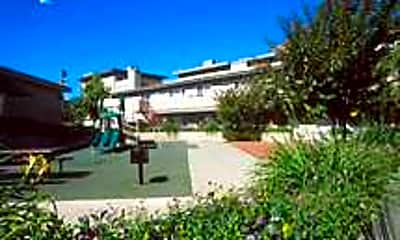 Sommerhill Townhomes, 1