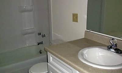 Bathroom, 110 College Park Ct, 2