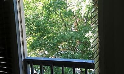 Patio / Deck, 709 W 21st St, 2