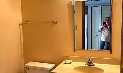 Bathroom, 15513 Wherry Ln, 2