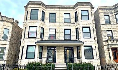 Building, 3821 N Lakewood Ave, 1
