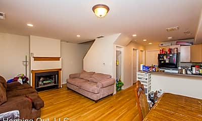 Living Room, 1657 N Maplewood Ave, #CH2R, 0