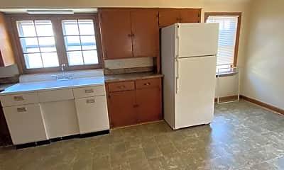 Kitchen, 4946 N 37th St, 1