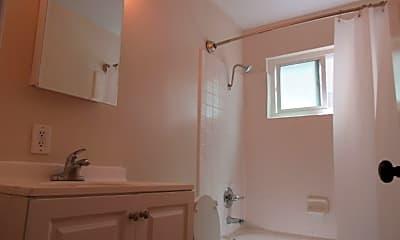 Bathroom, 2927 Magliocco Dr, 2