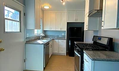 Kitchen, 4816 Baltimore St, 2