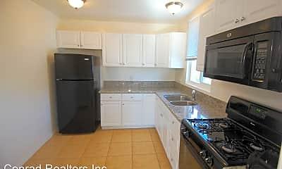 Kitchen, 152 Avenida Serra, 1