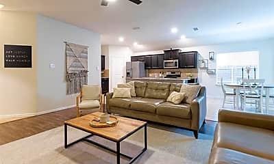 Living Room, 10124 Huntersville Trl, 2