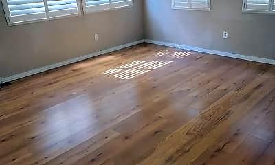 Living Room, 4075 E Lake Park Dr, 1