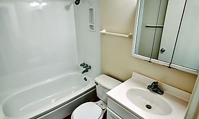 Bathroom, Pennsylvania Apartments, 2