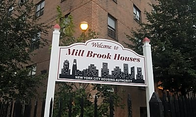 Mill Brook Houses, 1