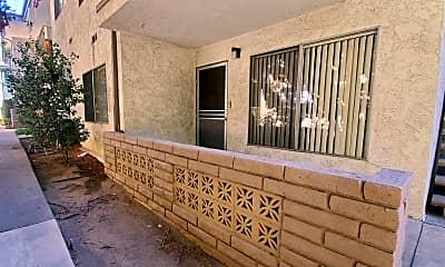 Patio / Deck, 121 E Live Oak St, 0