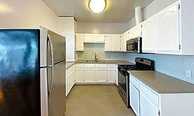 Kitchen, 1227 21st St 11, 2