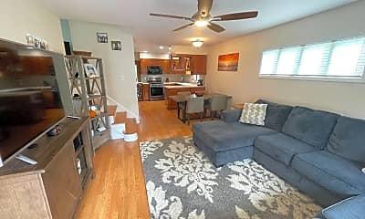 Living Room, 60 Carlson Pl, 1