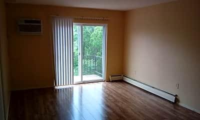 Living Room, 1637 Glen Parker Ave, 1