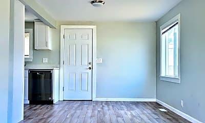 Bedroom, 58 Shattuck Ave S, 1